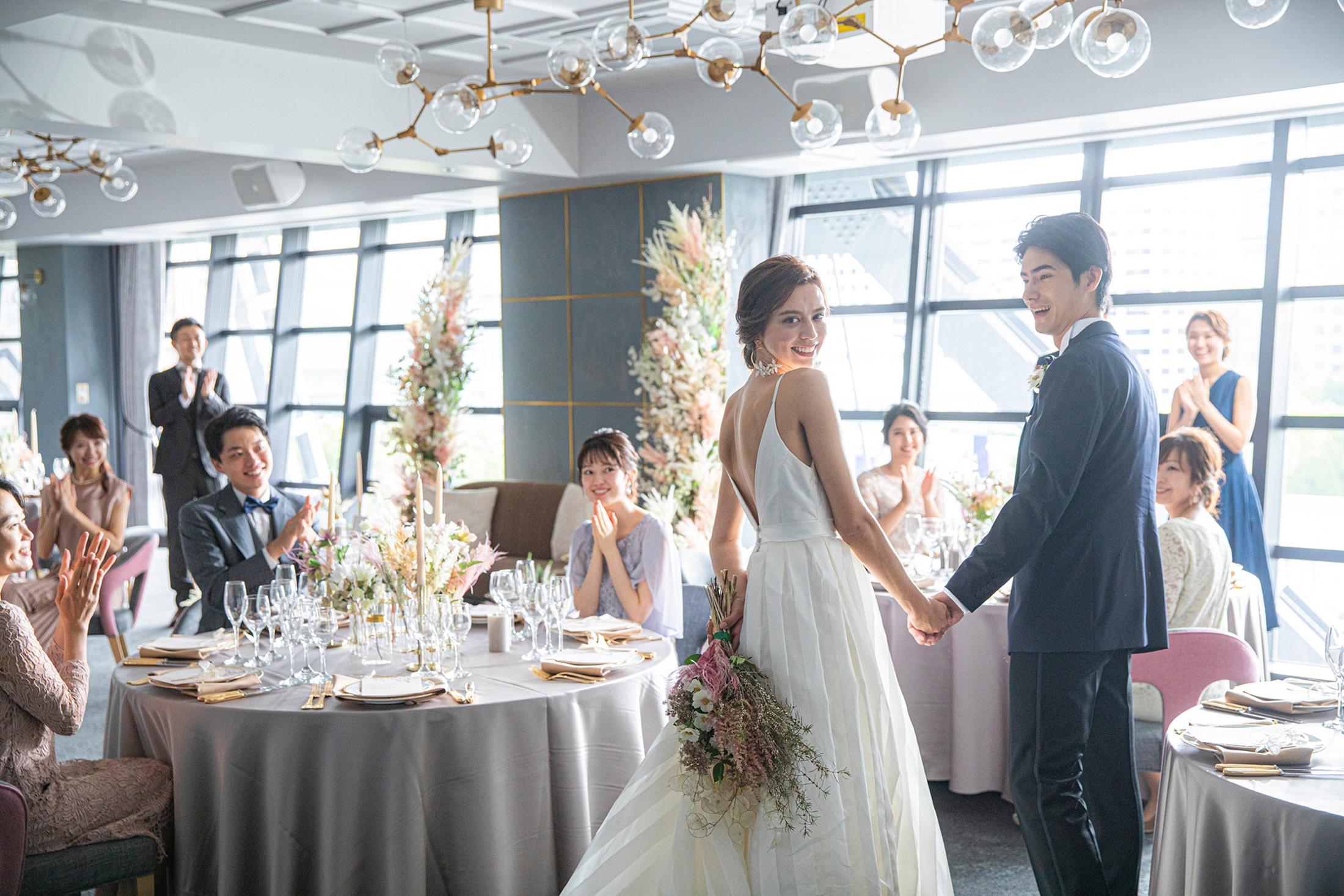 <早割>1年半後迄の結婚式限定★前撮り付きで今予約がお得!